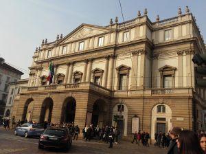 Tetro Alla Scala