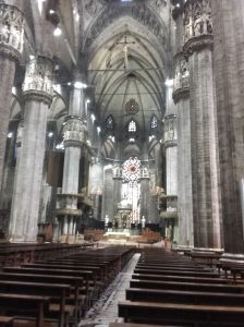Vista del altar mayor de la catedral de Milán